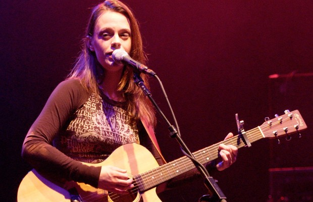 The Corner Lounge – Mindy Smith – 07/12/12